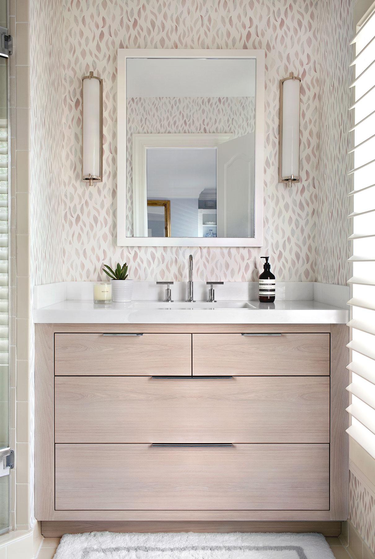 Georgetown 2nd floor guest bath by elizabeth lawson design - Elizabeth lawson ...